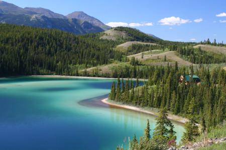 Alaska-Emerald Lake Yukon_27402271