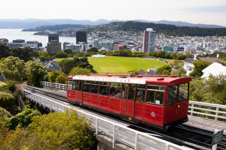 NZ Wellington Cable Car_144376327