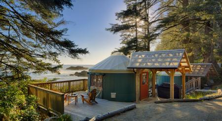 yurt2_exterior-low